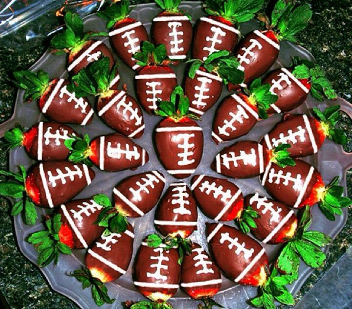Chocolate covered football strawberries | Food & Drink | Pinterest