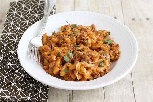 Cheesy Chili Mac - and I'm not talking about a box of Kraft and a can ...