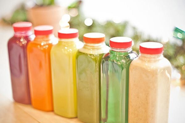 8 juice bars for a midday pick me up for 4 elements salon chicago