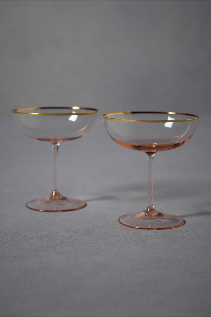 vintage style champagne glasses wedding ideas pinterest. Black Bedroom Furniture Sets. Home Design Ideas