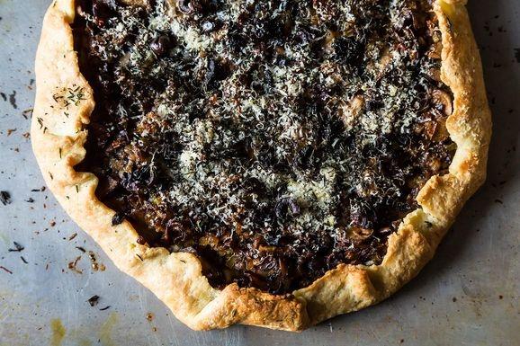 Leek, Fennel and Mushroom Galette   Food We Love   Pinterest