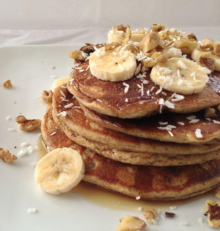 Banana Bread Oat Pancakes (gluten-free & vegan