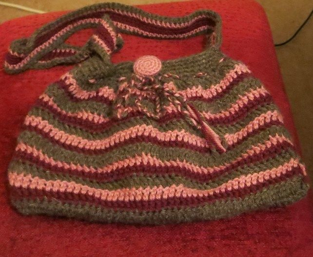 Pure British Wool Crochet shoulder bag ?15.00