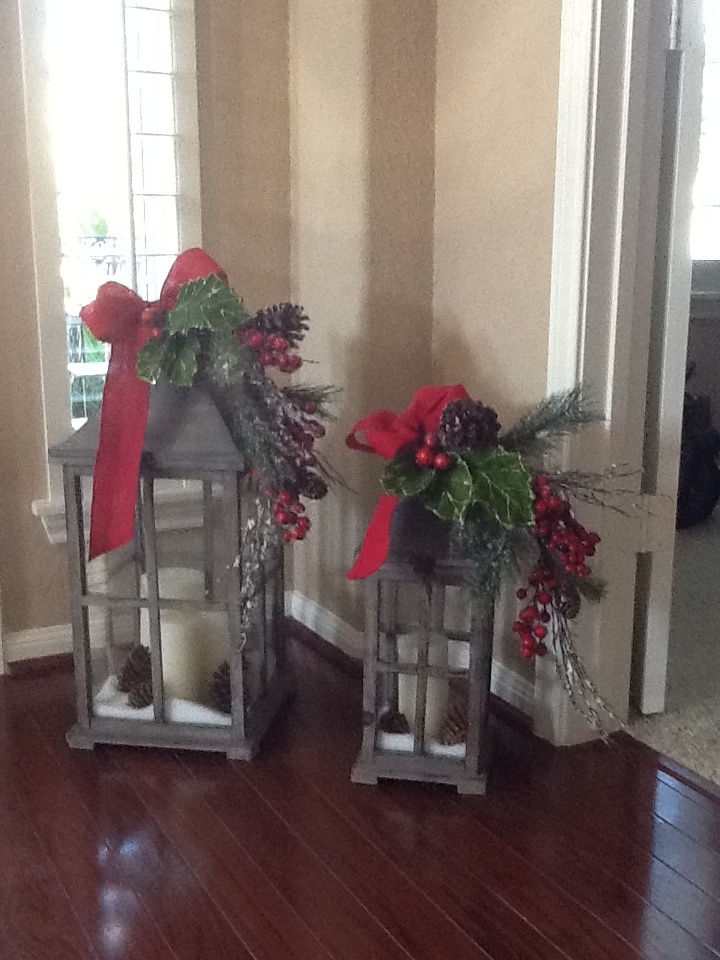 My christmas lanterns christmas pinterest for Decorating outdoor lanterns