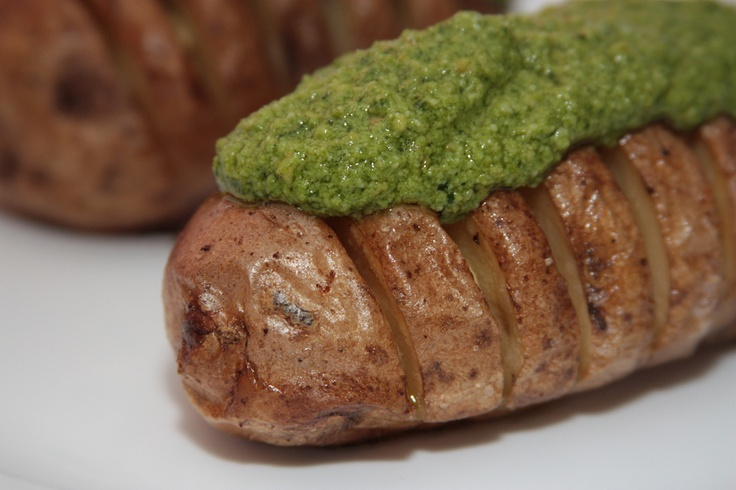 Potatoes with Cashew Spinach Pesto. Pretty and delicious!