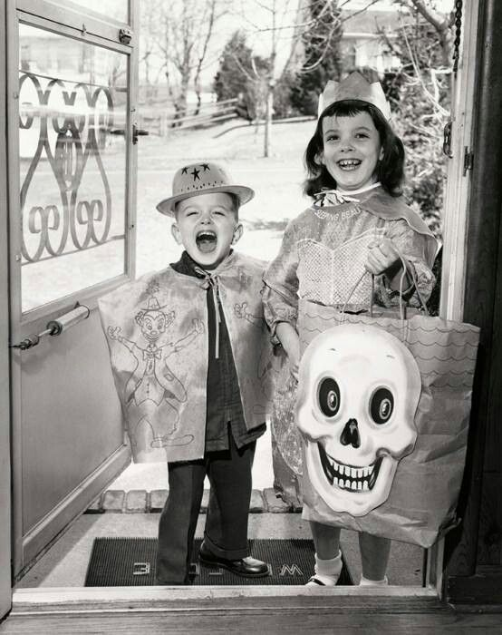 Vintage Trick-or-Treat | Vintage Halloween Costumes | Pinterest Vintage Trick Or Treaters