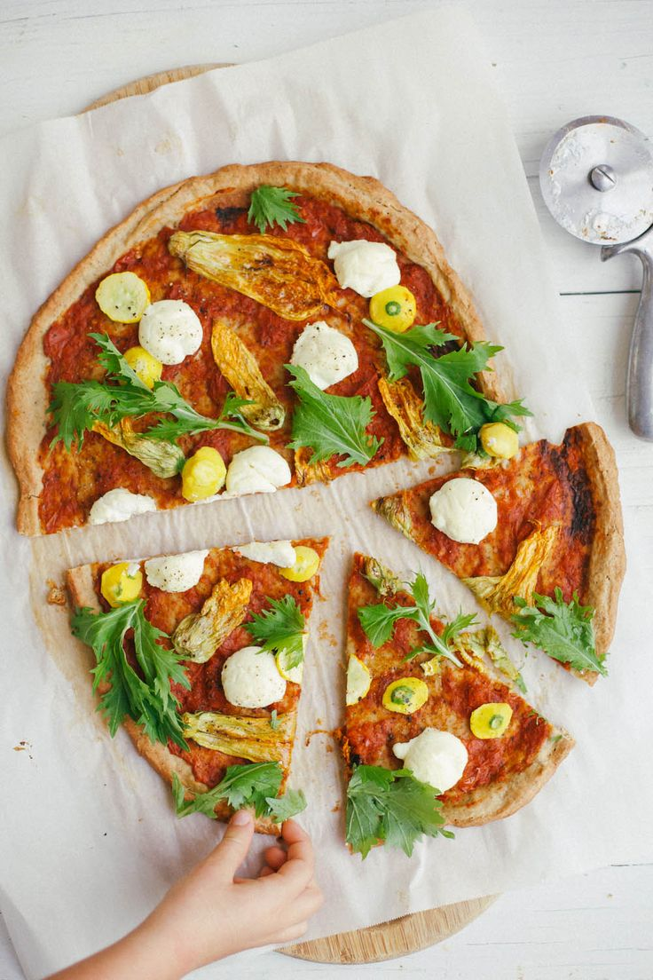 Squash Blossom Pizza | Food // Drink | Pinterest