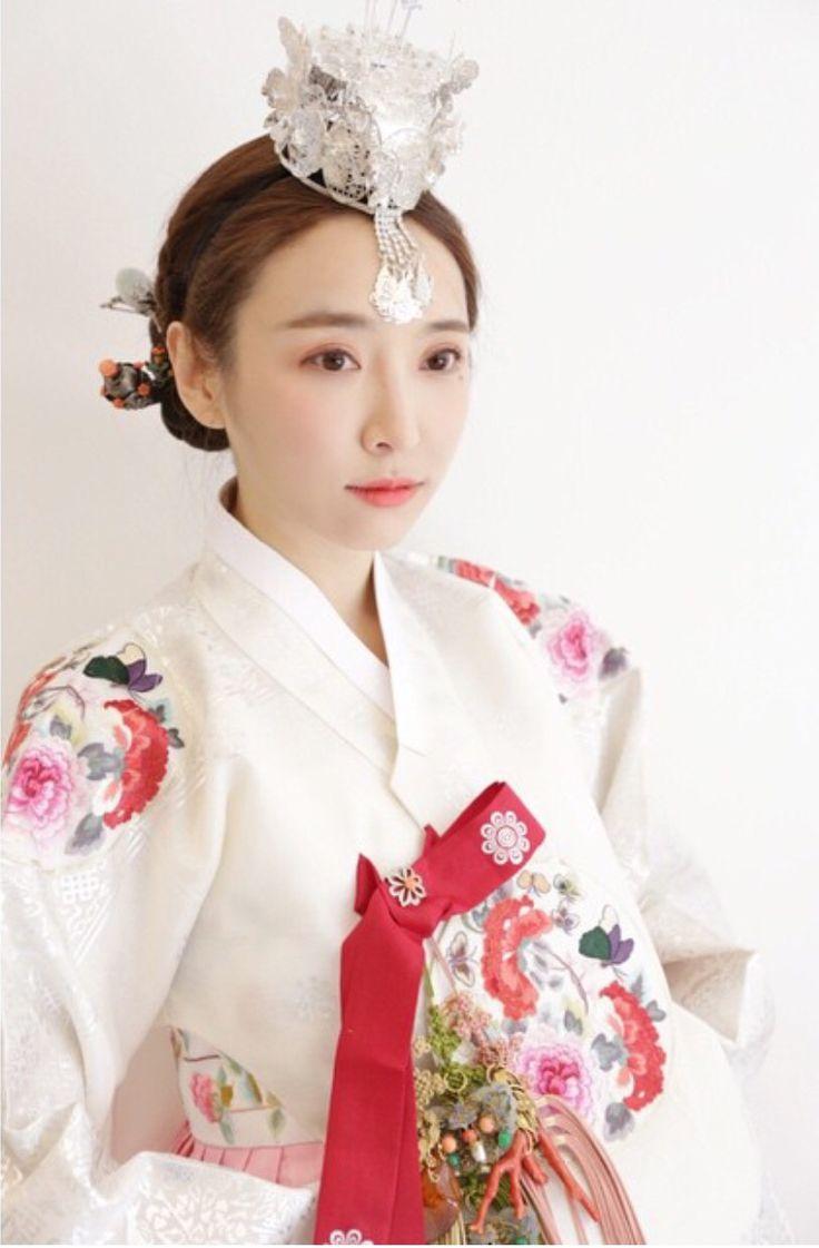 Gat traditional headgear in Korea 1  Koreanet  The