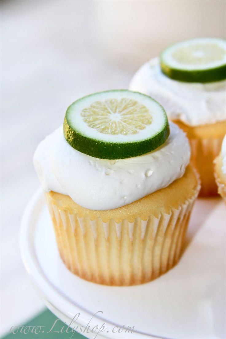 Margarita Cupcakes with Lime Frosting ~ Cute idea for St. Patty's Day ...