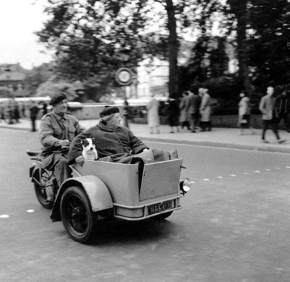Paris 1957 Robert Doisneau