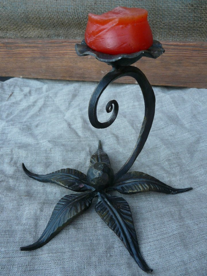 Кованые цветы из металла