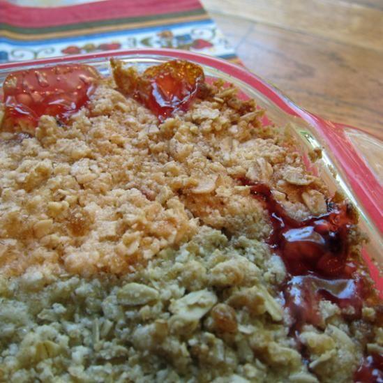 Strawberry Rhubarb Crisp (yum yum, this was DELICIOUS ) NOTE: the ...