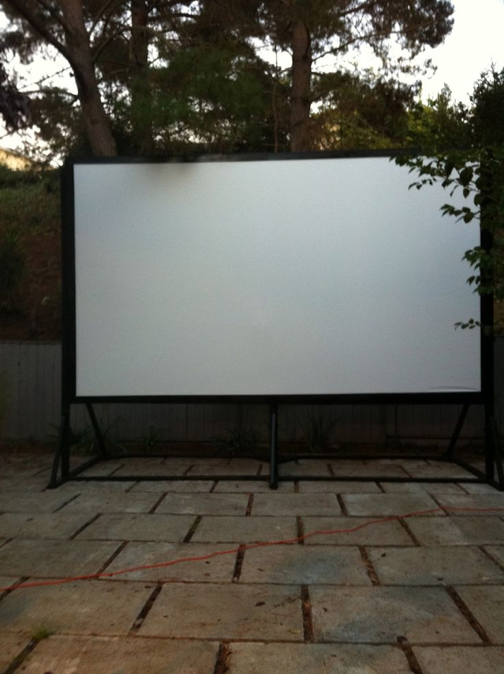 9x16 39 diy outdoor movie screen for only 250 great for movie night