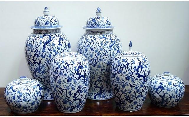 blue and white ginger jars blue and white pinterest. Black Bedroom Furniture Sets. Home Design Ideas