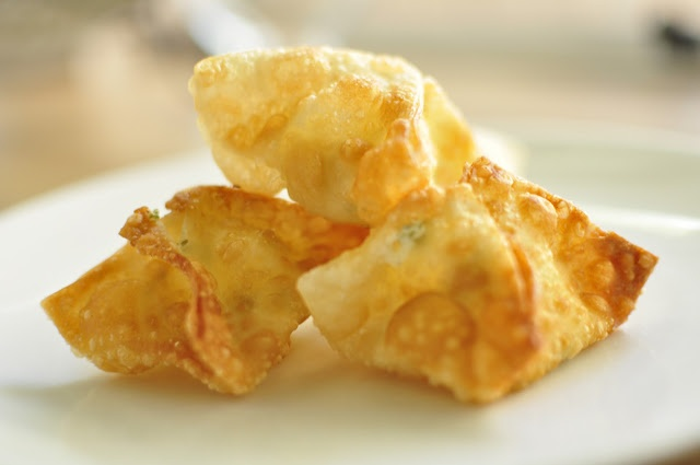 Oh SO Delicioso!: Cream Cheese Won Tons | cook this | Pinterest