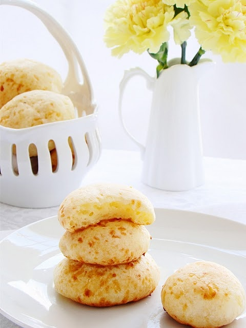 brazilian cheese bread: pão de queijo... | Bread | Pinterest