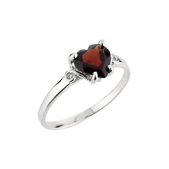 garnet ring january birthstone ring garnet gemstone ring. Black Bedroom Furniture Sets. Home Design Ideas