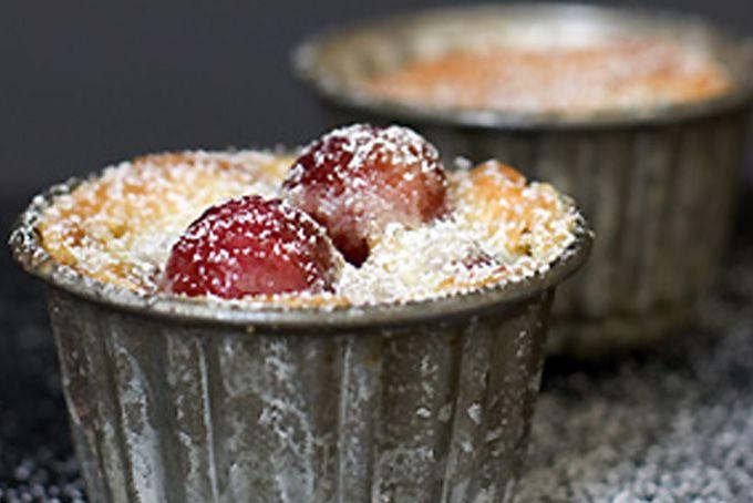 Cherry-almond gratin by 101 cookbooks