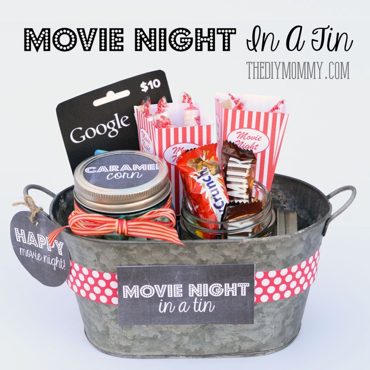 A Gift In a Tin: Movie Night in a Tin | The DIY Mommy