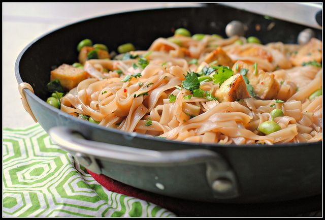 Tofu Edamame Spicy Noodles | RECIPES I MUST TRY SOON :) | Pinterest