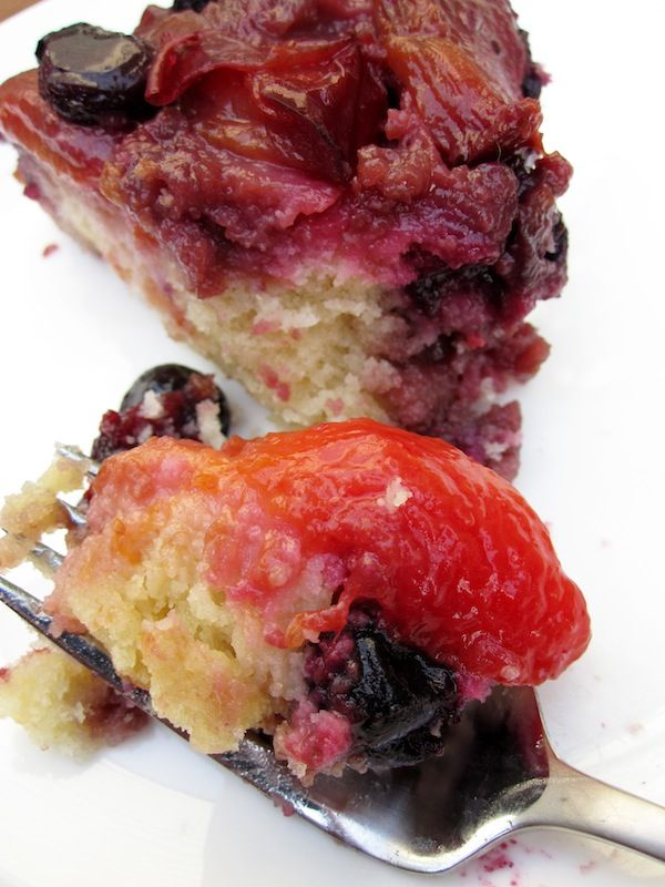 Plum Blueberry Upside Down Cake | Food-Sweets | Pinterest