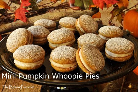 Mini Pumpkin Whoopie Pies.. delicious! | Tasty Treats | Pinterest