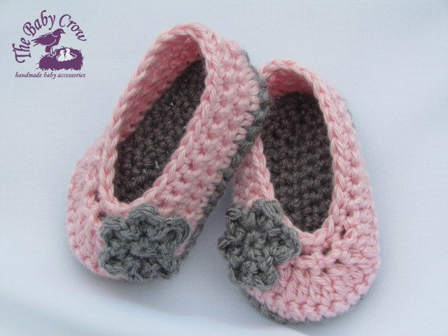 Free Crochet Pattern For Baby Ballet Flats : Crochet Baby Booties - Baby Girl Booties - Ballet Slippers
