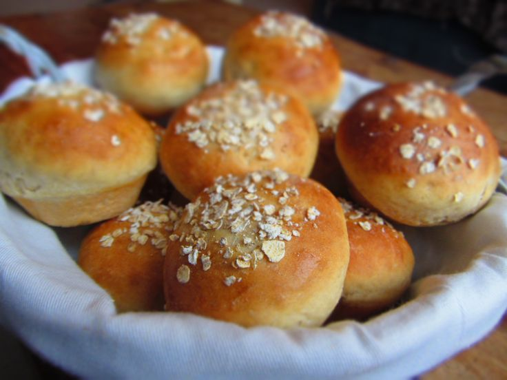 oat topped buns lucysfriendlyfoods | Breads & Savory Baking | Pintere ...