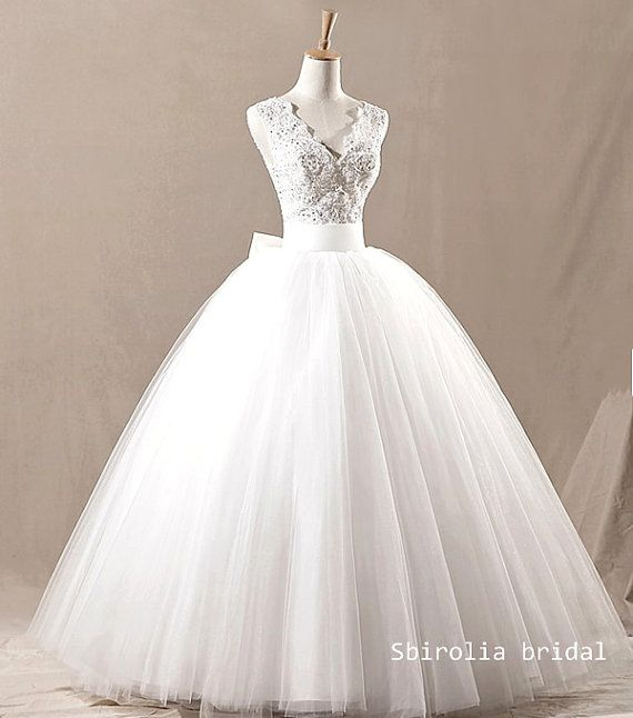 Retro V Neck Lace Wedding Gown Vintage Bridal Wedding Dress Weddin