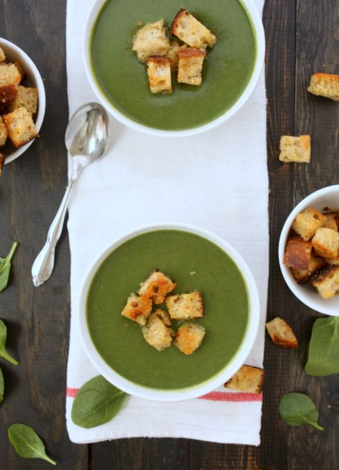 Spinach Soup with Rosemary Garlic Croutons | The Kitchen Paper