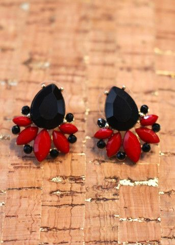 Extra Point Earrings - Garnet & Black