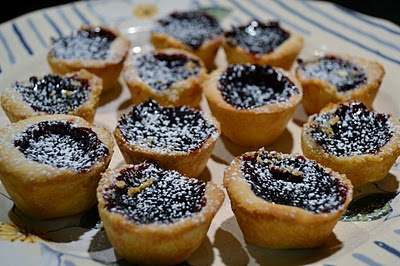 Itty Bitty Concord Grape Pies | Concord Grapes | Pinterest