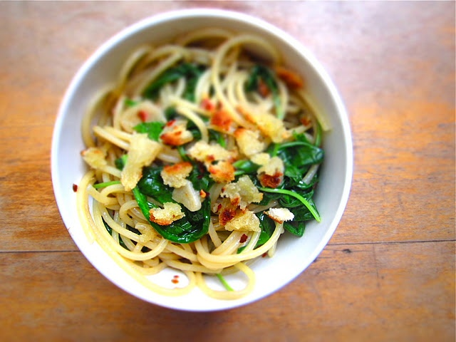 ... flakes 6 cups baby arugula 1/2 pound spaghetti or other long pasta