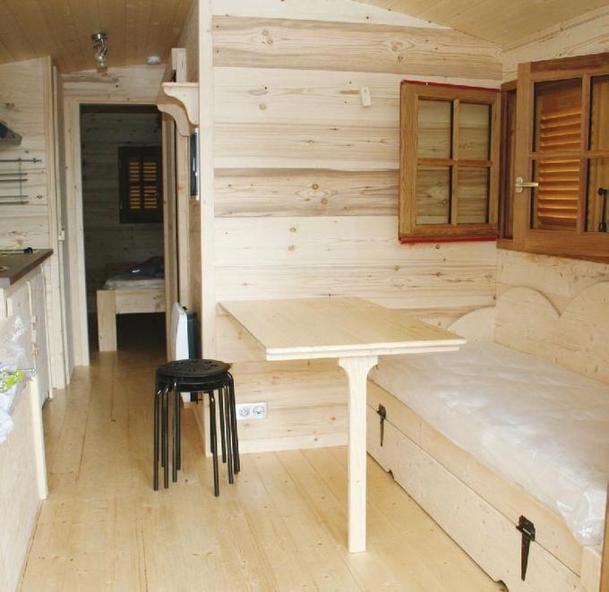 Insolite : dormez dans des roulottes au camping de Saint-Hilaire (50) ...!!!