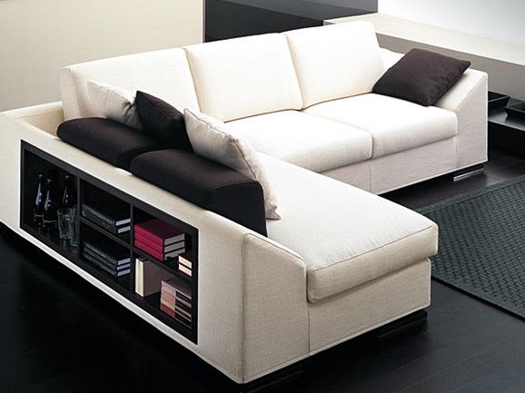 Divano con libreria nello schienale idee per il design for Arredissima prezzi divani