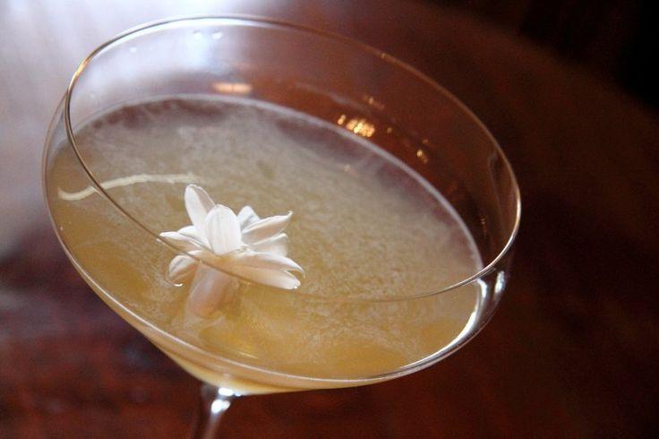 Jasmine Sour Martini | DRINKS | Pinterest