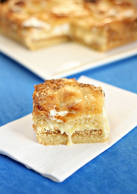 White Chocolate s'mores cake bars | yummy sweets | Pinterest
