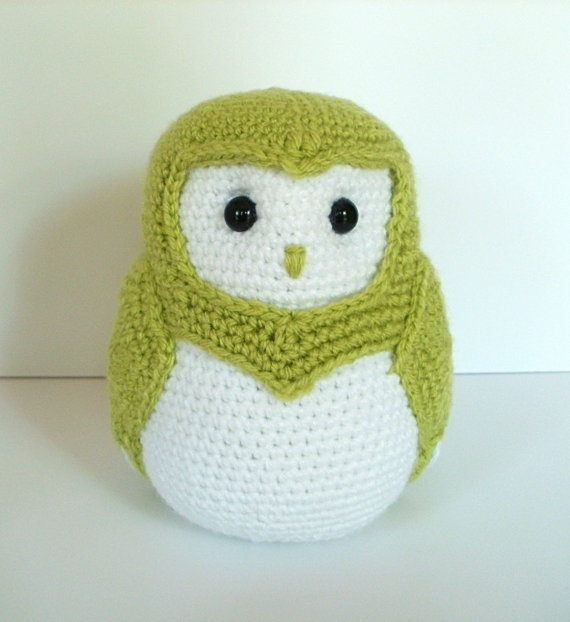 Crochet Owl Black & White - He could look like a penguin?