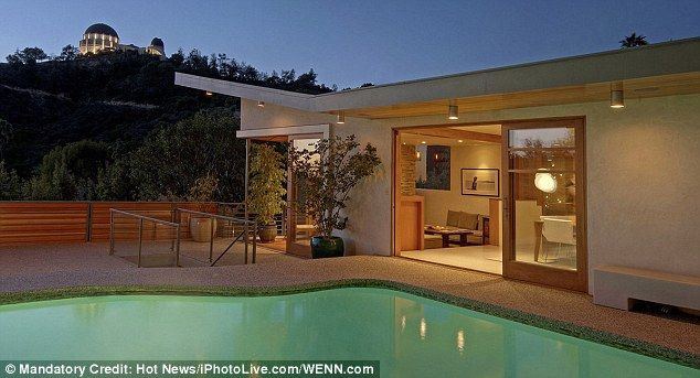 That's a California dream! Kevin Bacon and wife Kyra Sedgwick buy lux ...
