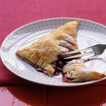 Breakfast: Pastry - Raspberry Turnovers | RECIPES TO MAKE SOON! | Pin ...