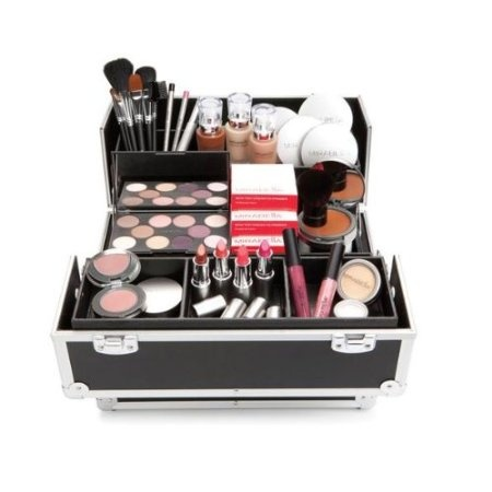 Mirabella Makeup on Amazon Com  Mirabella Makeup Artist Train Case  Health         Hairst
