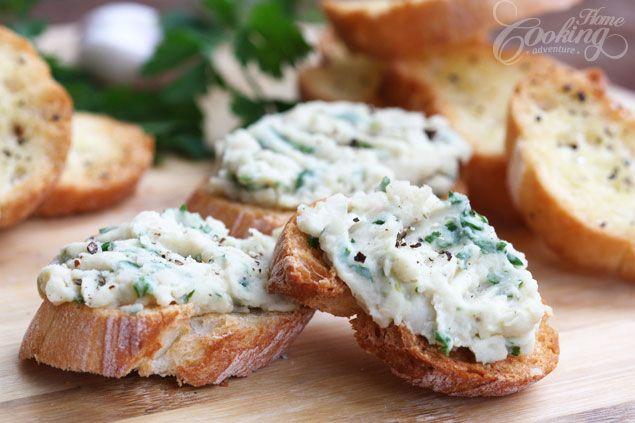 White Bean Crostini | Recipe