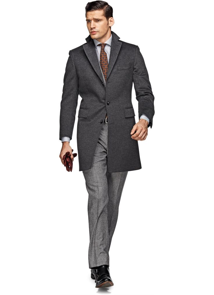 4 Step Guide To Slim-Fit Suits For Men