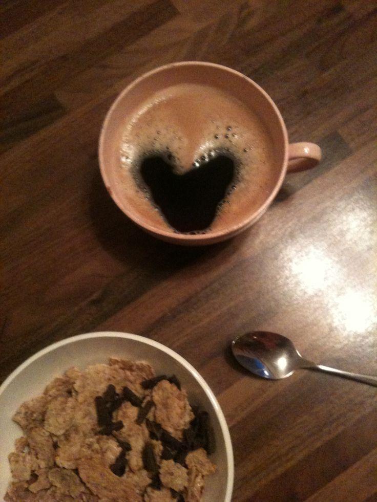 L'autre jour dans mon café le matin!