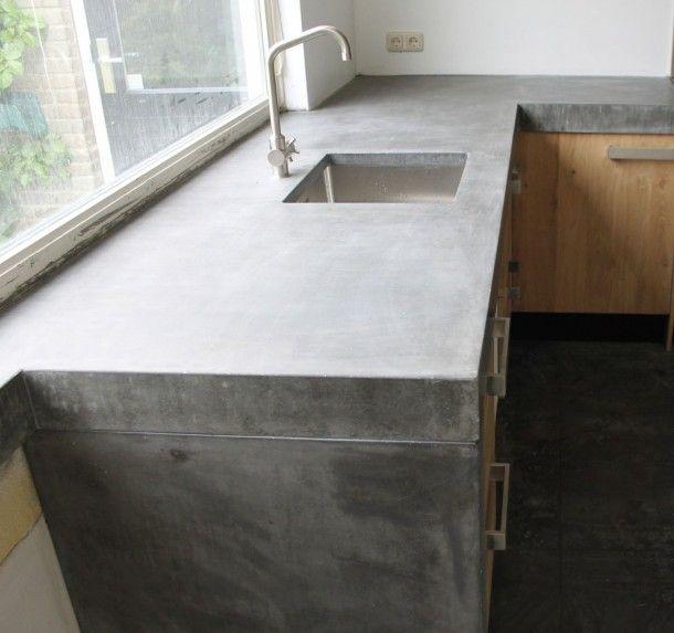 Keuken Met Betonnen Blad : Groot betonnen blad met echt massief eiken houten keukendeuren en ikea