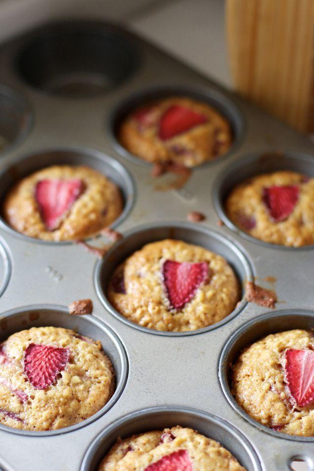 Strawberry & Honey Oatmeal Muffins « ThatsWhyImFat