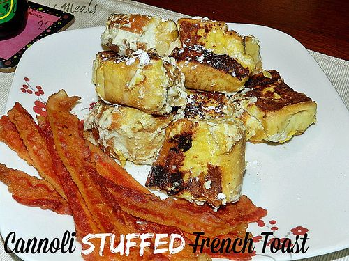 Cannoli Stuffed French Toast | Please get into my mouth | Pinterest