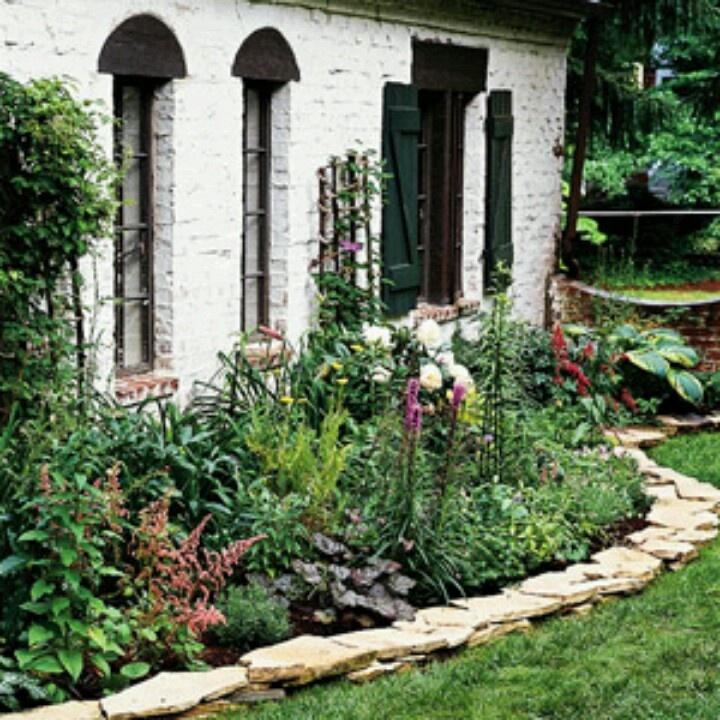 Flag stones boards to flower beds garden stuff pinterest - Stone and flower garden design ideas ...