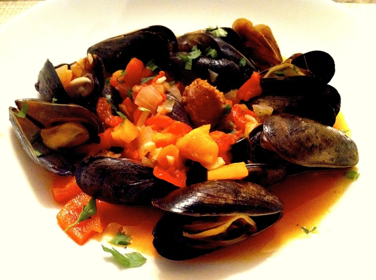 miso broth steamy kitchen recipes spicy steamed mussels in miso broth ...