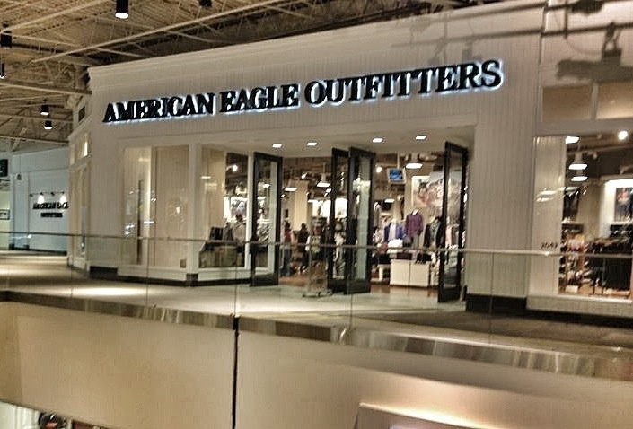 American Eagle Outfitters Jersey Gardens Mall Jersey